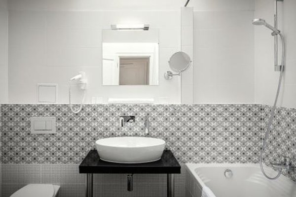 Apartments Wenceslas Square - фото 9