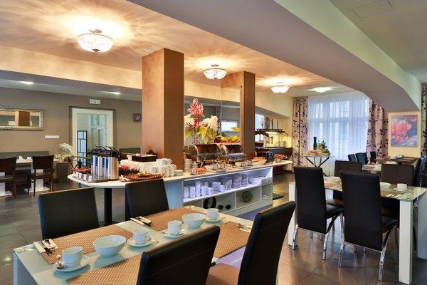 Elysee Hotel - фото 19