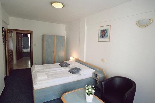 Отель Amadeus - фото 7