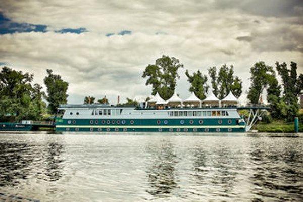 Rohan Boat Prague - 22