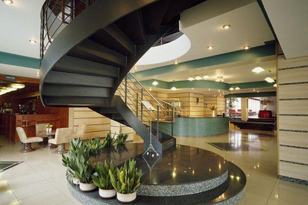 Отель Golf - фото 4