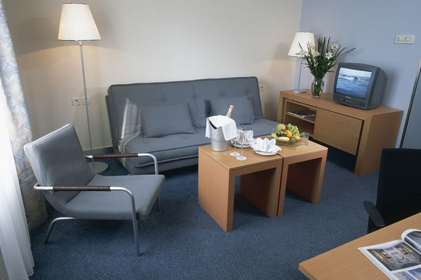 Holiday Inn Prague Congress Centre - фото 8