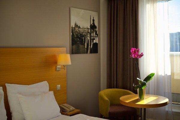 Отель Jurys Inn Prague - фото 4