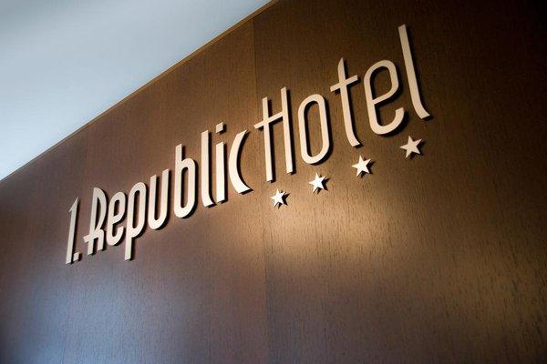 1. Republic Hotel - фото 18