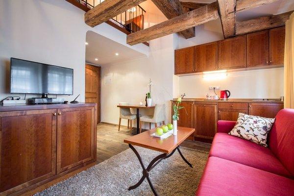 The Nicholas Hotel Residence - 11