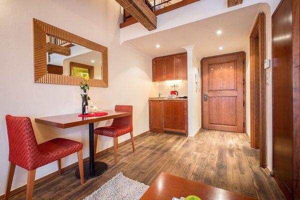 The Nicholas Hotel Residence - 12