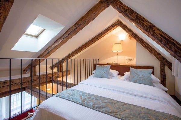 The Nicholas Hotel Residence - 4