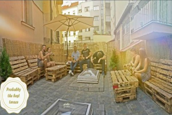 Prague Center Apartments & Hostel - фото 16