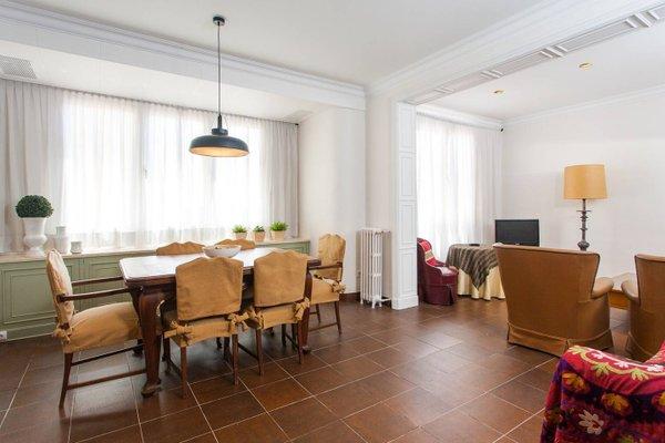 Arco de Triunfo Apartment - фото 9