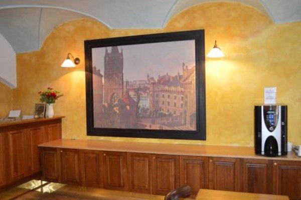U Cervene zidle - Red Chair Hotel - фото 5