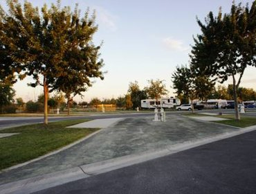 Гестхаус Bakersfield River Run RV Park