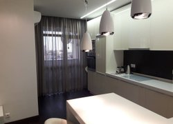 Апартаменты в Сочи— 59 кв.м., спальни: 1, собственных ванных: 1 фото 2