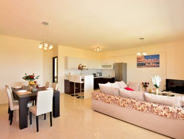 Apartments Luxury Suites in Stavromenos