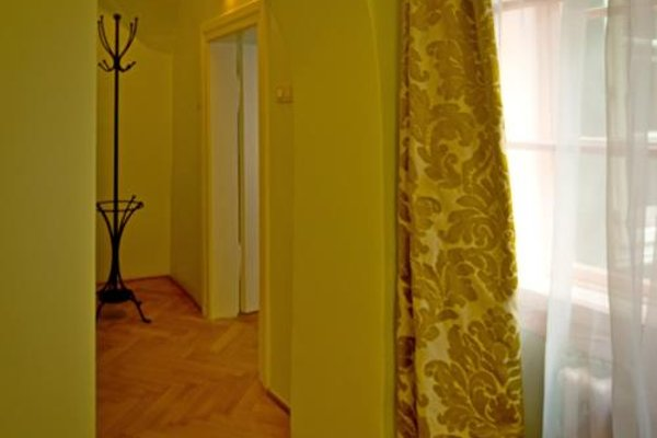 Charming Prague Apartments At the Black Star - фото 15