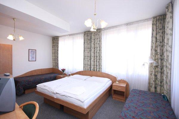 Отель Legie - фото 5