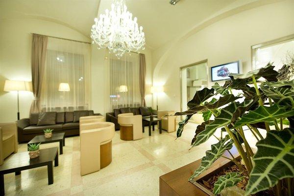 Hotel Sovereign Prague - 11
