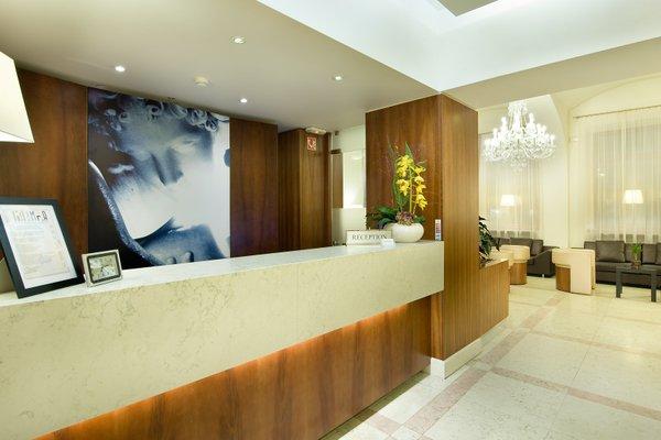 Hotel Sovereign Prague - 13