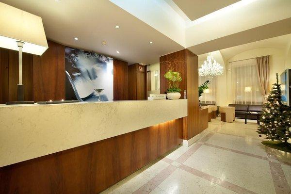 Hotel Sovereign Prague - 14