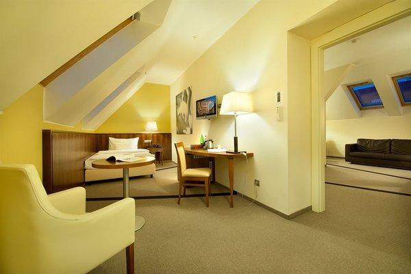 Hotel Sovereign Prague - 16