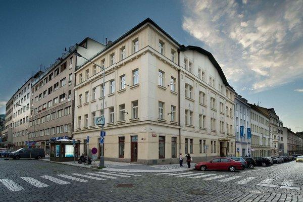 Hotel Sovereign Prague - 19