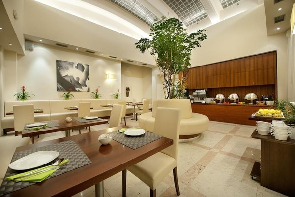 Hotel Sovereign Prague - 5