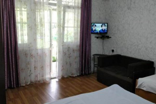 Tikhanya Gavan Guest House - фото 5