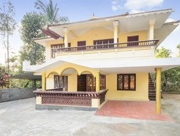 Traditional 2-bedroom homestay, just off the highway by GuestHouser
