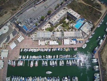 อพาร์ทเมนท์ Israel Marina village, Garden vacation Apartment