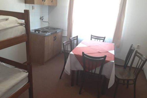 Hostel Sokol Troja - 10