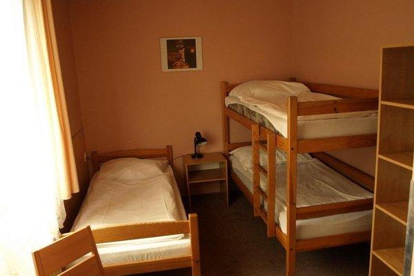 Hostel Sokol Troja - 3