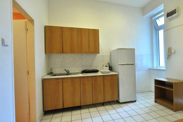 Central Spot Prague Apartments - 17