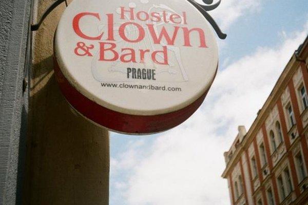 Clown and Bard Hostel - фото 16