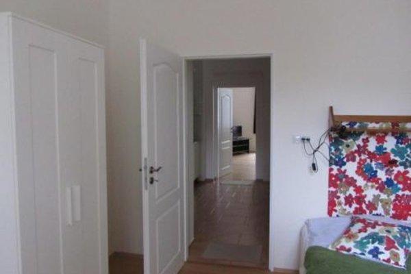 Apartment Vinohrady - фото 11
