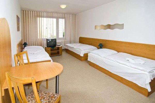 Hotel Arnost Garni - фото 4