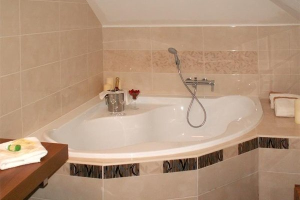 Cartellone Appartamento Hotel - фото 9
