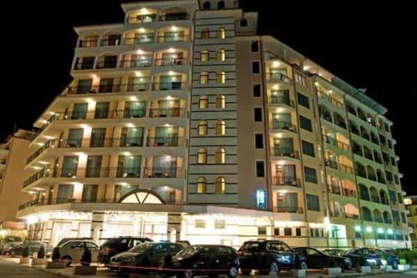 Apartments in Karolina Complex - фото 4