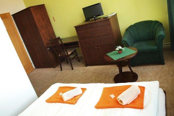 Hotel Dermot - 13