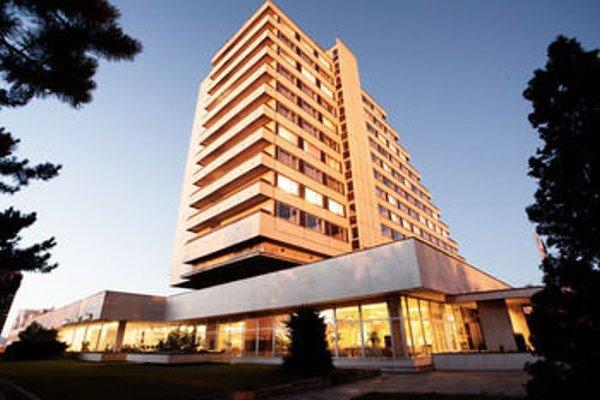 Hotel Cascade - фото 21