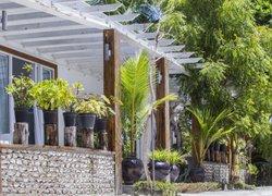 Отель Dhigurah Retreat Beach фото 2