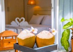 Отель Dhigurah Retreat Beach фото 3