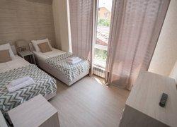 More Apartments на Кувшинок 8 (второй этаж) фото 2