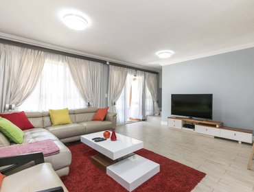 Апартаменты modern cosy apartment in Midrand