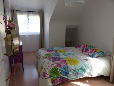 Apartments Appartement 5 min circuit 24H parking SpeakEnglish