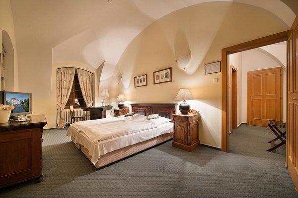 Maxmilian Lifestyle Resort - фото 50