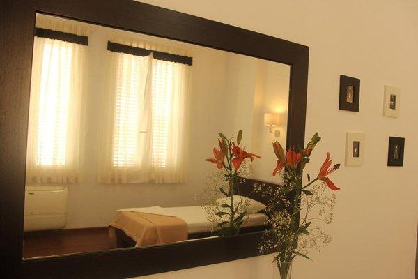 Yasmine's Hotel & Restaurant Tirane - фото 50