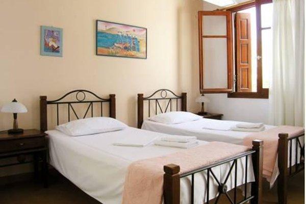Areti's Milos Rooms - 3