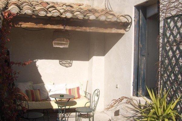 Maison d'Hotes Mas de Barbut - фото 17