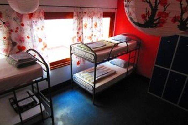 X Hostel Alicante - 5