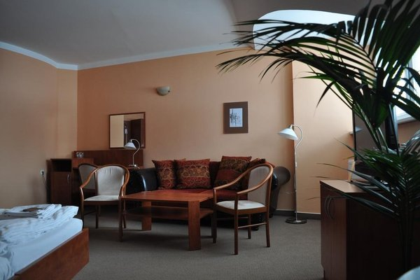 Hotel U Vlasskeho Dvora - 10