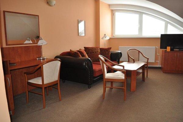 Hotel U Vlasskeho Dvora - 12